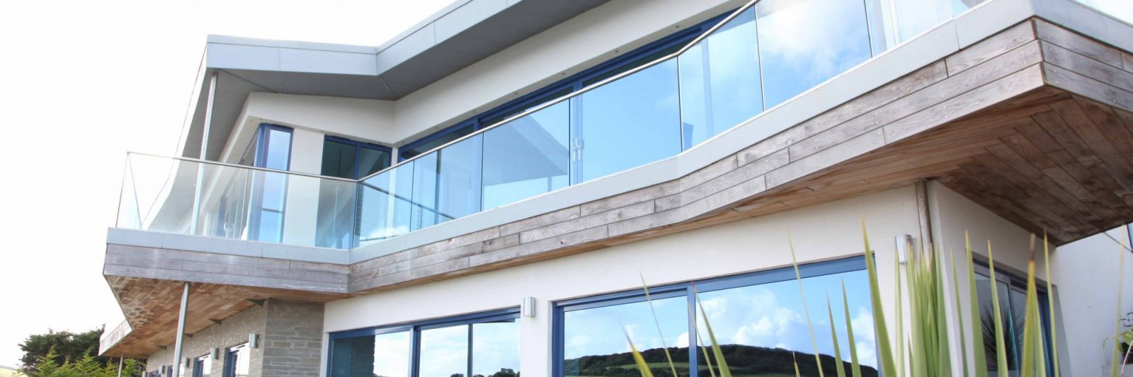 Stephens and Stephens Development Blue Point Gorran Haven Cornwall banner exterior 2000x1350