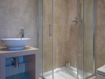 Stephens and Stephens developers Net Lofts portmellon mevagissey cornwall bathroom interiors